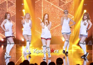 10X10 [AMOMIA] at SBS MTV 'THE SHOW All About K-pop'