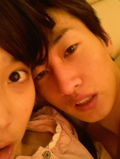 IU's Clarification, Picture With Eunhyuk, 'Please Don't Misunderstand'key=>0 count1