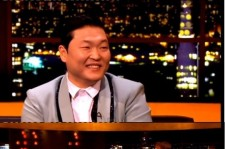 Psy Appears on Britain Talk Show,