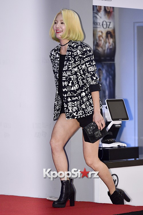 Girls Generation[SNSD] Hyoyeon Attends 2015 SMTOWN Screen Show in Seoulkey=>1 count18