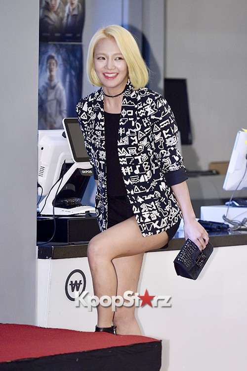 Girls Generation[SNSD] Hyoyeon Attends 2015 SMTOWN Screen Show in Seoulkey=>3 count18