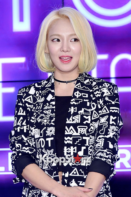 Girls Generation[SNSD] Hyoyeon Attends 2015 SMTOWN Screen Show in Seoulkey=>14 count18