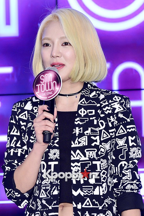 Girls Generation[SNSD] Hyoyeon Attends 2015 SMTOWN Screen Show in Seoulkey=>16 count18
