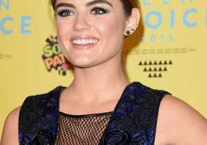 Actress Lucy Hale, winner of the Choice TV Actress: Drama award for Pretty Little Liars, poses in the press room during the Teen Choice Awards 2015 at the USC Galen Center on August 16, 2015 in Los Angeles, California.