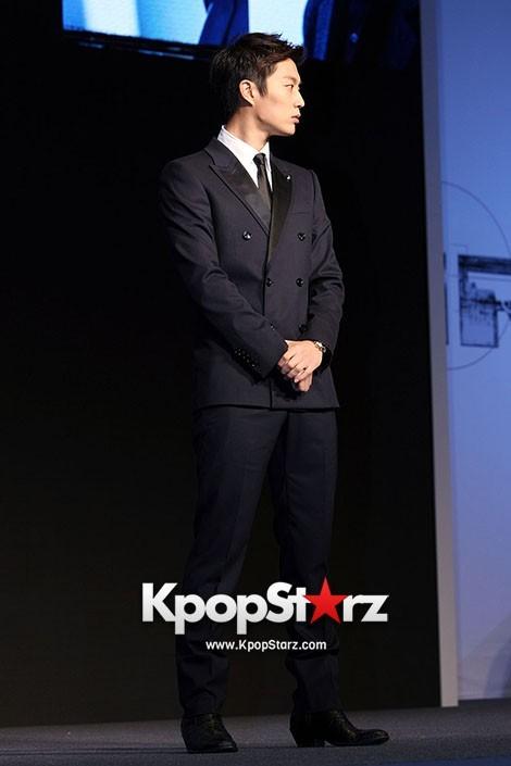 BEAST Yoon Doo Joon IRIS2 Press Conferencekey=>1 count4