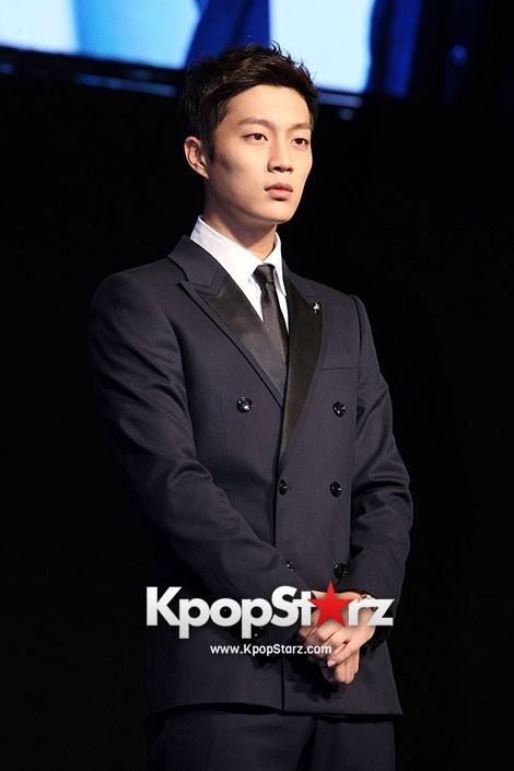 BEAST Yoon Doo Joon IRIS2 Press Conferencekey=>2 count4