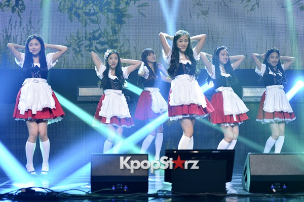DSP Girl Group APRIL Debut Showcase [Performance] key=>2 count56