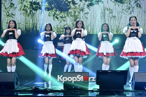 DSP Girl Group APRIL Debut Showcase [Performance] key=>3 count56