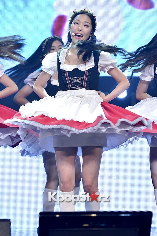 DSP Girl Group APRIL Debut Showcase [Performance] key=>9 count56