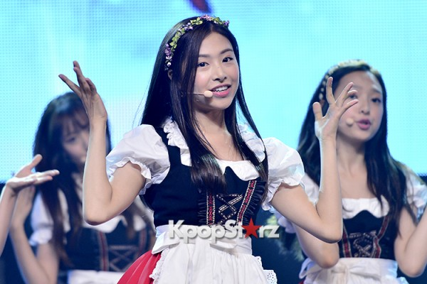 DSP Girl Group APRIL Debut Showcase [Performance] key=>15 count56