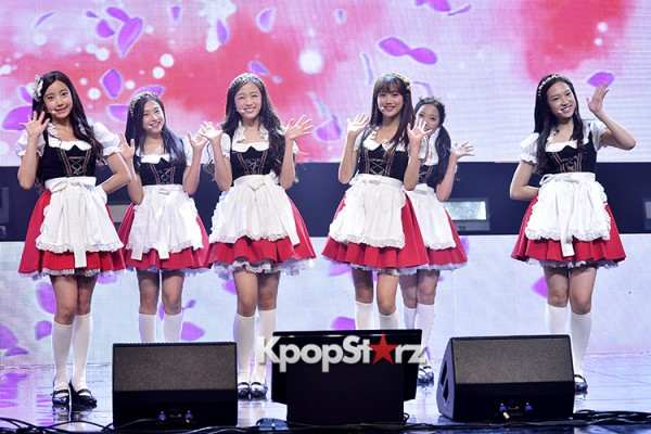 DSP Girl Group APRIL Debut Showcase [Performance] key=>23 count56