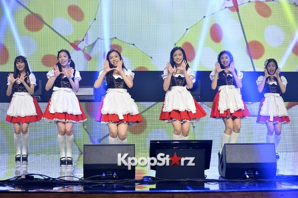 DSP Girl Group APRIL Debut Showcase [Performance] key=>27 count56