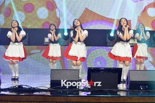 DSP Girl Group APRIL Debut Showcase [Performance] key=>37 count56