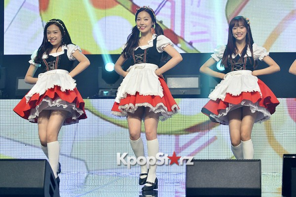 DSP Girl Group APRIL Debut Showcase [Performance] key=>40 count56
