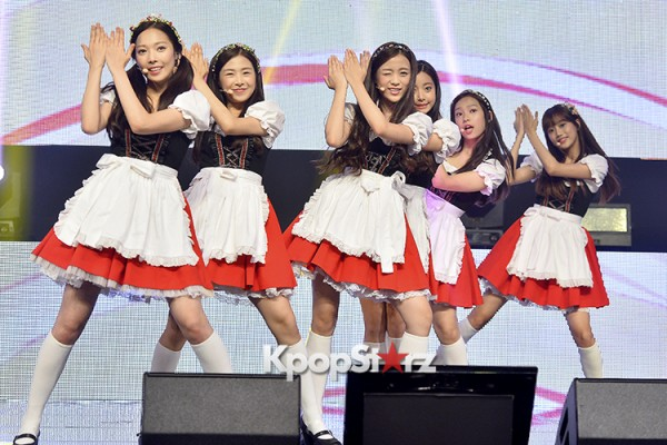 DSP Girl Group APRIL Debut Showcase [Performance] key=>44 count56