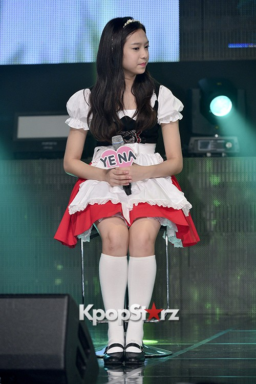 DSP Girl Group APRIL Debut Showcase [Talk]key=>4 count47