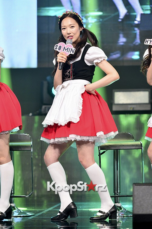 DSP Girl Group APRIL Debut Showcase [Talk]key=>17 count47
