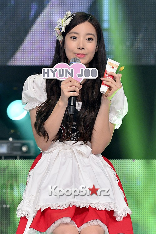DSP Girl Group APRIL Debut Showcase [Talk]key=>29 count47