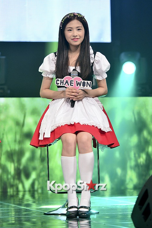 DSP Girl Group APRIL Debut Showcase [Talk]key=>31 count47