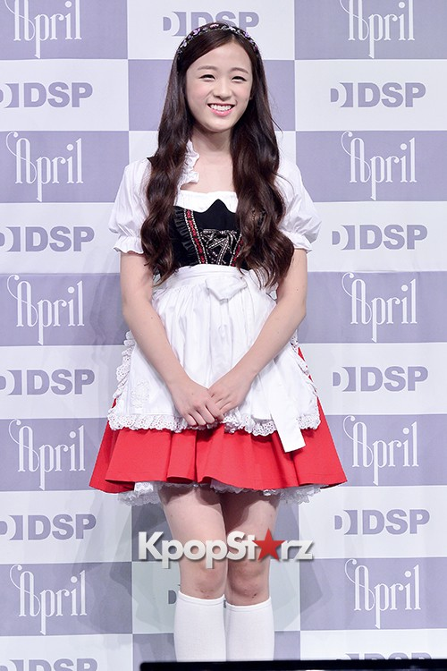 DSP Girl Group APRIL Debut Showcase [Talk]key=>34 count47