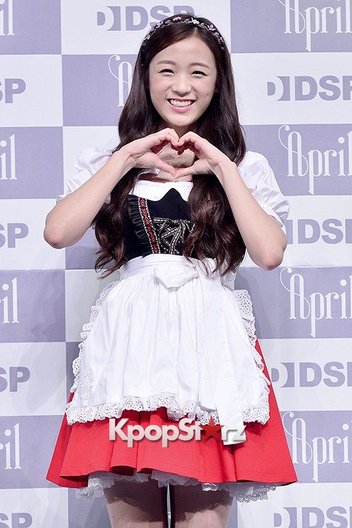 DSP Girl Group APRIL Debut Showcase [Talk]key=>42 count47