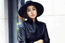 Korean Actress Honey Lee 1st Look Magazine September 2015 Photoshoot