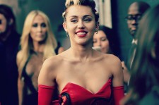 June 16, 2015 2015: Miley Cyrus at the amfAR Inspiration Gala New York - Instant View