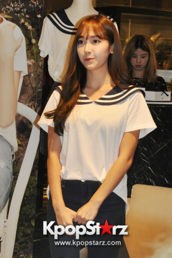 Jessica Jung Attends the Exclusive Launch of BLANC & ECLARE's Demin Collection In Singapore, Shares About Her Label And Inspiration [PHOTOS] key=>0 count13