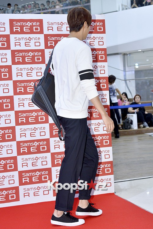 Lee Min Ho at Samsonite Red Fansign Event key=>24 count29