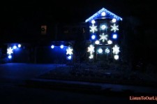 Psy's 'Gangnam Style' Christmas Light Show Wows Viewers