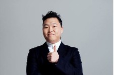 Psy Asks Fans to Vote for Him as 'Person of the Year'
