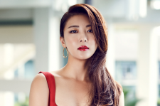 Korean Actress Ha Ji Won Cosmopolitan Magazine October 2015 Photoshoot Fashion 12