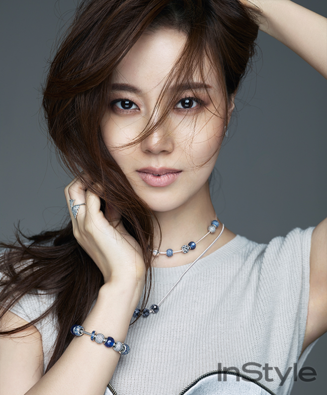 Moon Chae Won Sparkles With Pandora Jewelry In Instyle News Kpopstarz
