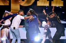 Jussie Smollett, Gabourey Sidibe, and Bryshere 'Yazz' Gray perform onstage during the Teen Choice Awards 2015.