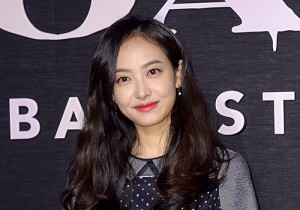 f(x) Victoria Attends Coach Backstage Party Event