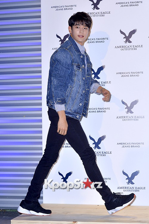 SHINee's Minho Attends American Eagle Outfitters Launching Event key=>1 count20