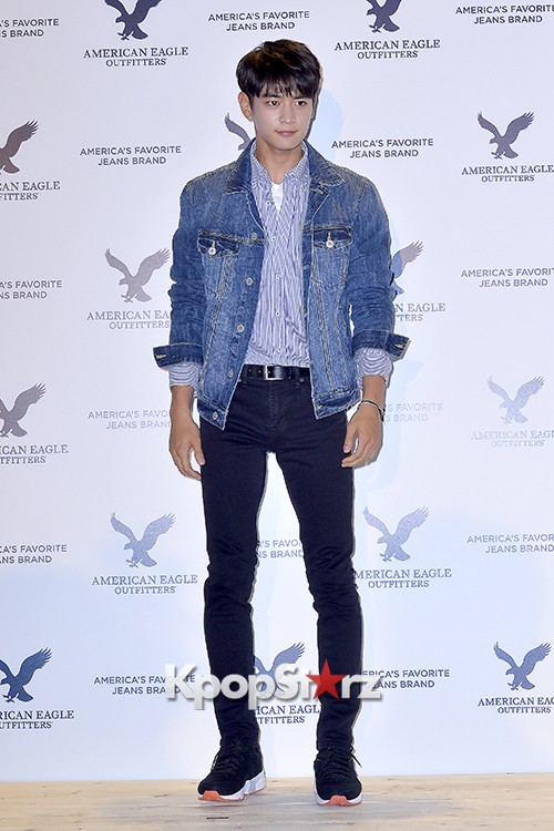 SHINee's Minho Attends American Eagle Outfitters Launching Event key=>2 count20