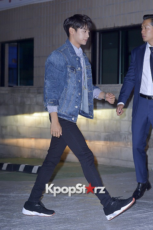 SHINee's Minho Attends American Eagle Outfitters Launching Event key=>4 count20