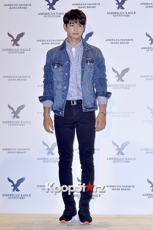 SHINee's Minho Attends American Eagle Outfitters Launching Event key=>5 count20