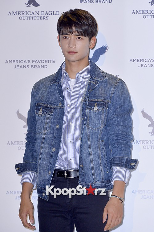 SHINee's Minho Attends American Eagle Outfitters Launching Event key=>9 count20
