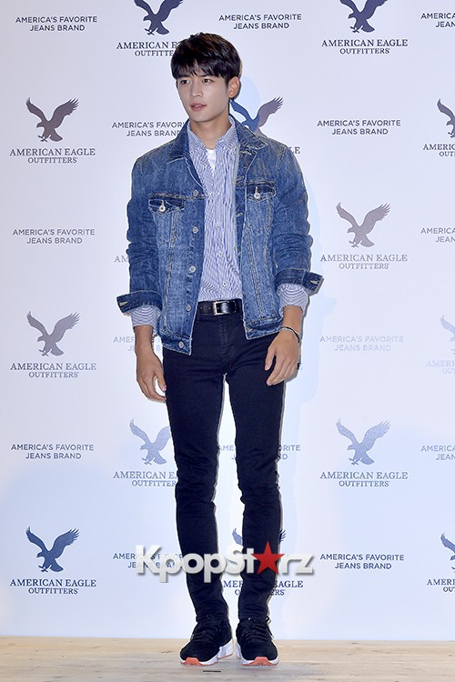 SHINee's Minho Attends American Eagle Outfitters Launching Event key=>10 count20