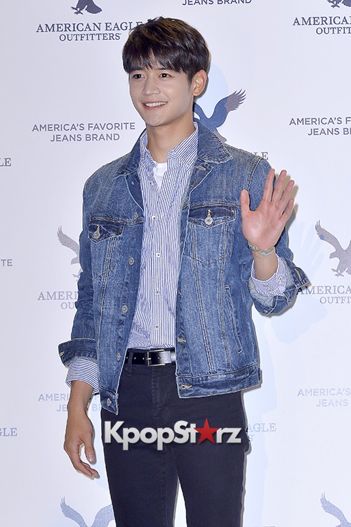 SHINee's Minho Attends American Eagle Outfitters Launching Event key=>11 count20