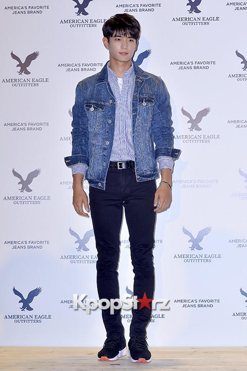 SHINee's Minho Attends American Eagle Outfitters Launching Event key=>15 count20