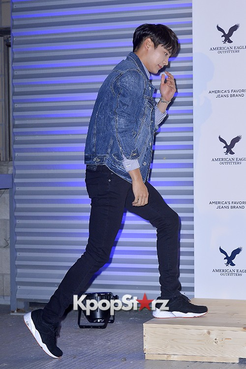 SHINee's Minho Attends American Eagle Outfitters Launching Event key=>18 count20