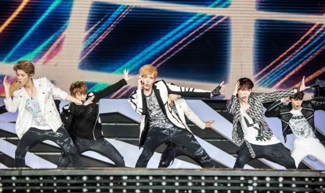 SM Artists Make A Splash In SMTown Live World Tour III in Singapore [PHOTOS]key=>13 count34