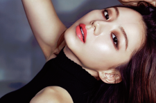 Park Soo Jin High Cut Magazine Vol 158 YSL Makeup