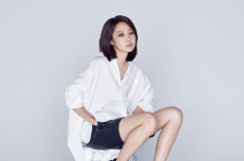 Korean Actress Gong Hyo Jin SUECOMMA BONNIE's 2015 Fall-Winter collection