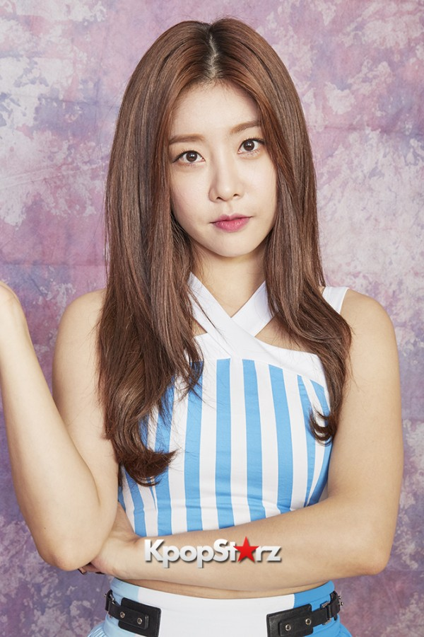 Girl's Day Are Adorably Sweet For KpopStarz Interview & Photo Shoot In Japan - September 2015 [PHOTOS]key=>16 count23