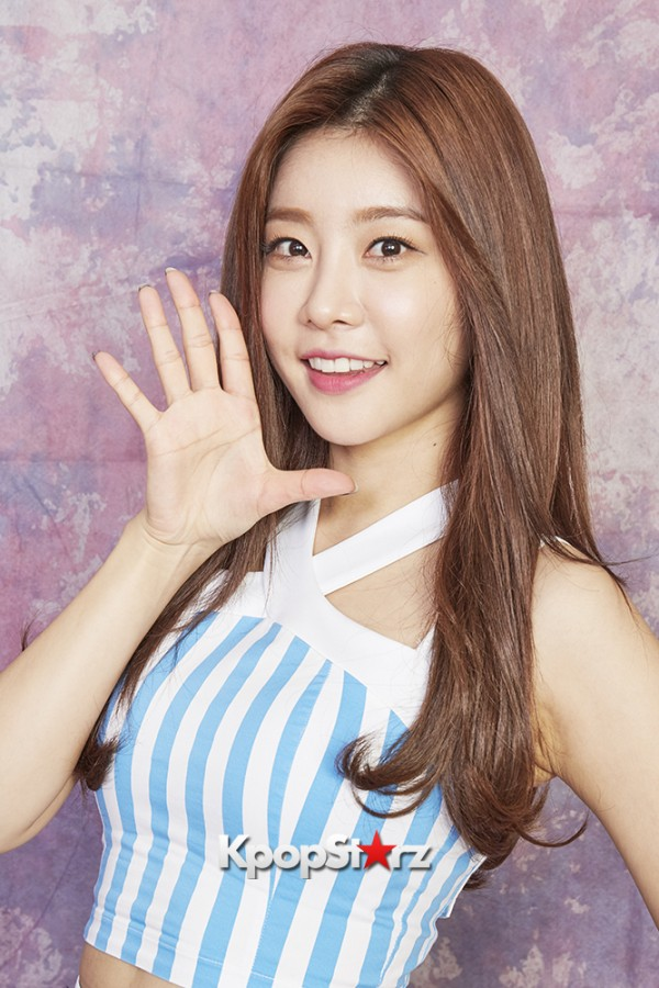 Girl's Day Are Adorably Sweet For KpopStarz Interview & Photo Shoot In Japan - September 2015 [PHOTOS]key=>20 count23