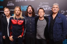 Nate Mendel, Taylor Hawkins, Dave Grohl, Chris Shiflett, and Pat Smear at the Foo Fighters